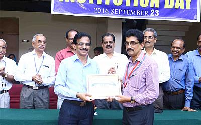 BEST NON TEACHING FACULTY OF THE YEAR AWARD 2016